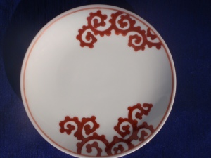 My Imari plate with a Takokarakusa pattern