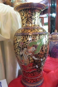 Thai Style Porcelain painting shop