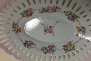 Nyon Roses Plate