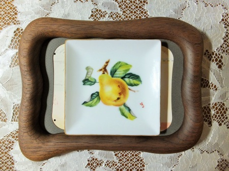 European style, fruit painting, Miniature, porcelain painting.
